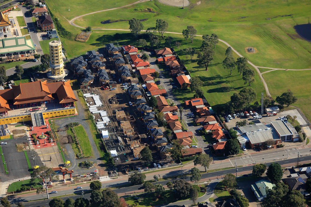 40 Townhouses in Springvale South<br />